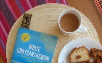 White Chrysanthemum by Mary Lynn Bracht